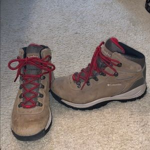 Columbia Waterproof Newton Ridge Hiking Boots
